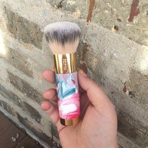 NWOT Tarte Ltd Ed Floral Buffer Brush
